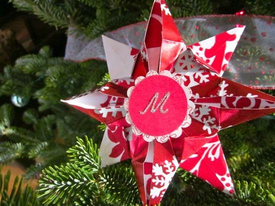 Make a unique Christmas ornament