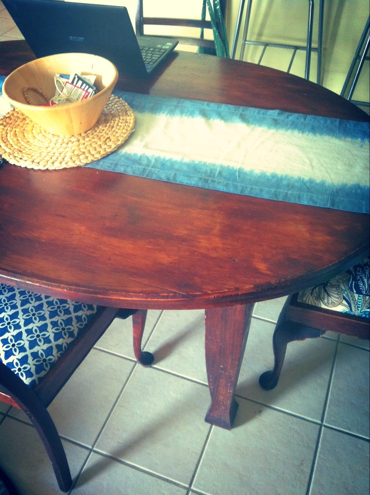 Design a dip dyed table runner