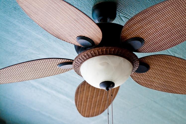 Adjust Ceiling Fan Direction