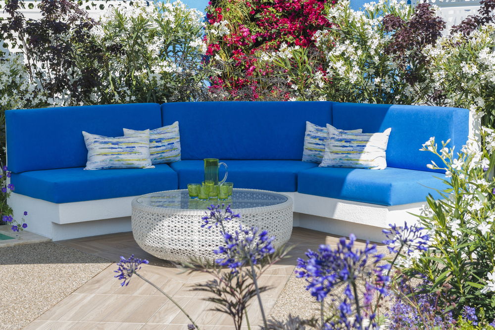 Use Plant Cover to transform your Patio Into A Comfy Garden Retreat