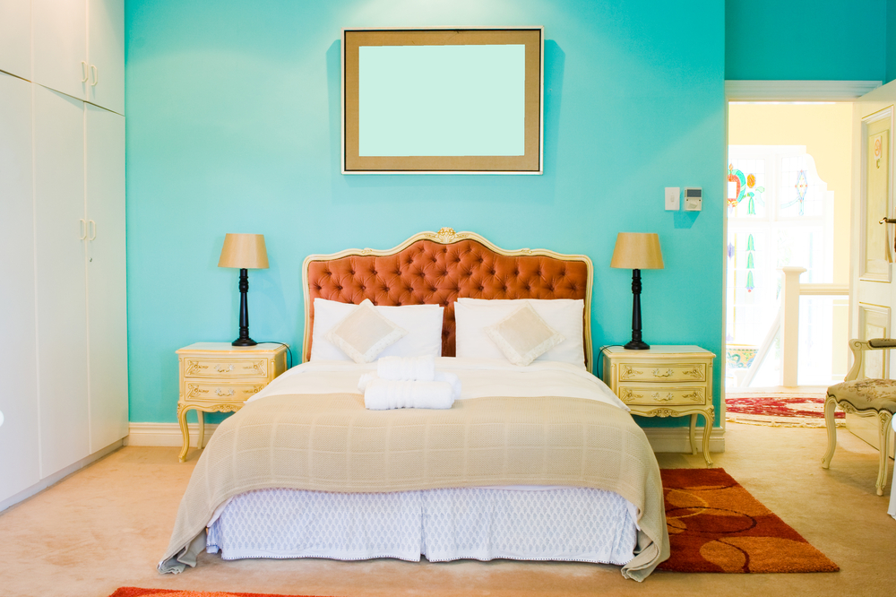 Cheap DIY Home Decor Projects - painting walls vivid colours