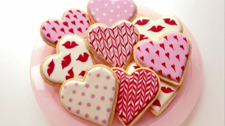 More Valentine Cookies to Love