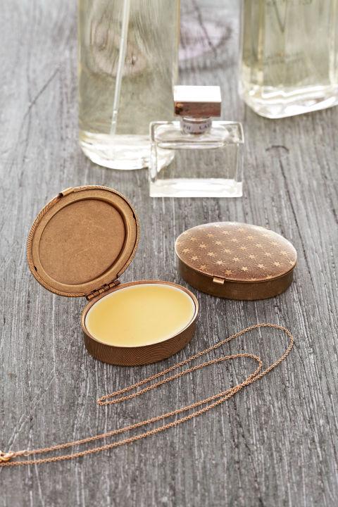 54eada1022c75_-_crafts-perfume-0514-hjnq2x-s2
