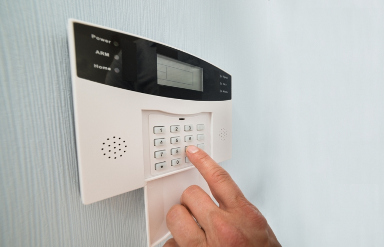 How Do Home Security Systems Work?