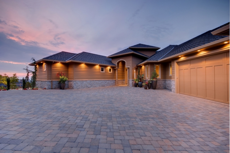 How to Lay Pavers on a Driveway or Patio
