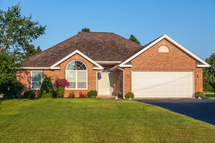 Learn the Cost Of An Asphalt Driveway