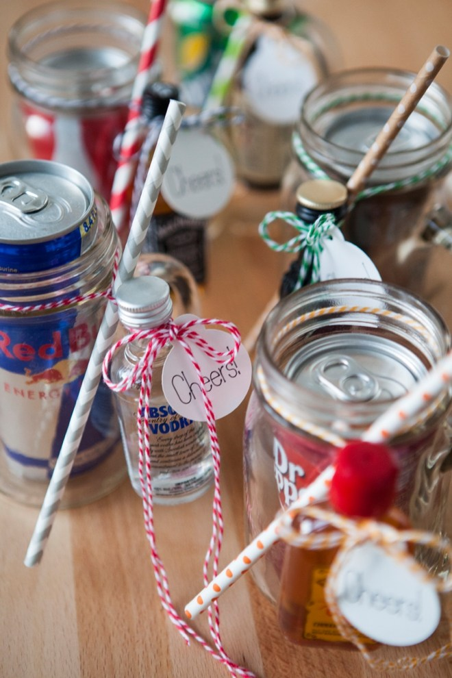 SomethingTurquoise-DIY-Mason-Jar-Cocktail-Gift-0015