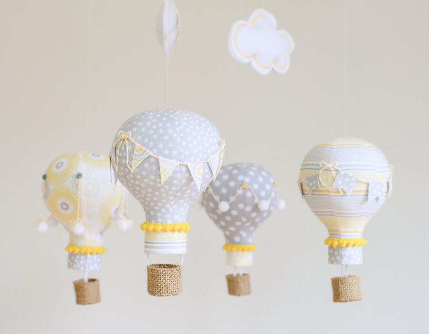 bulb hot air balloons