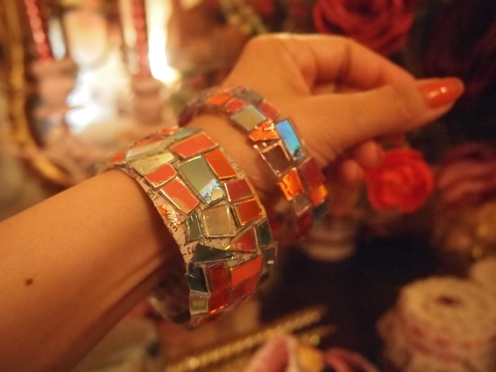 cd bracelet