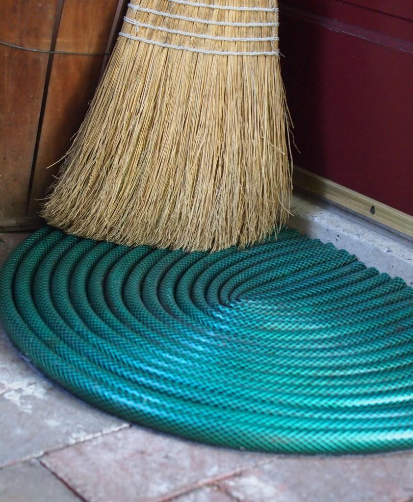 garden hose doormat