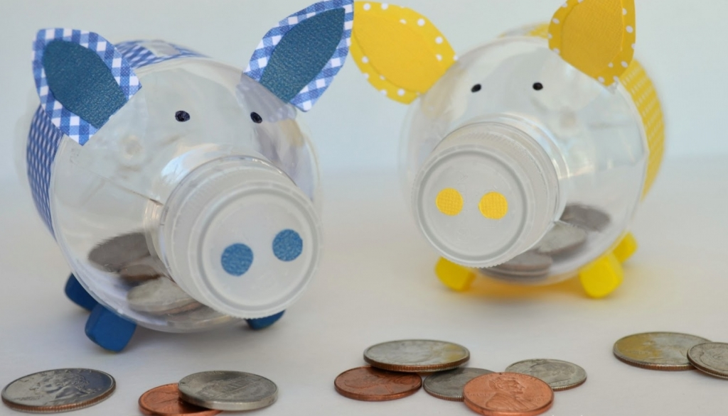 plastic bottle piggy bank