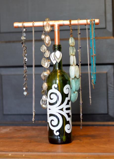 wine jewelry display