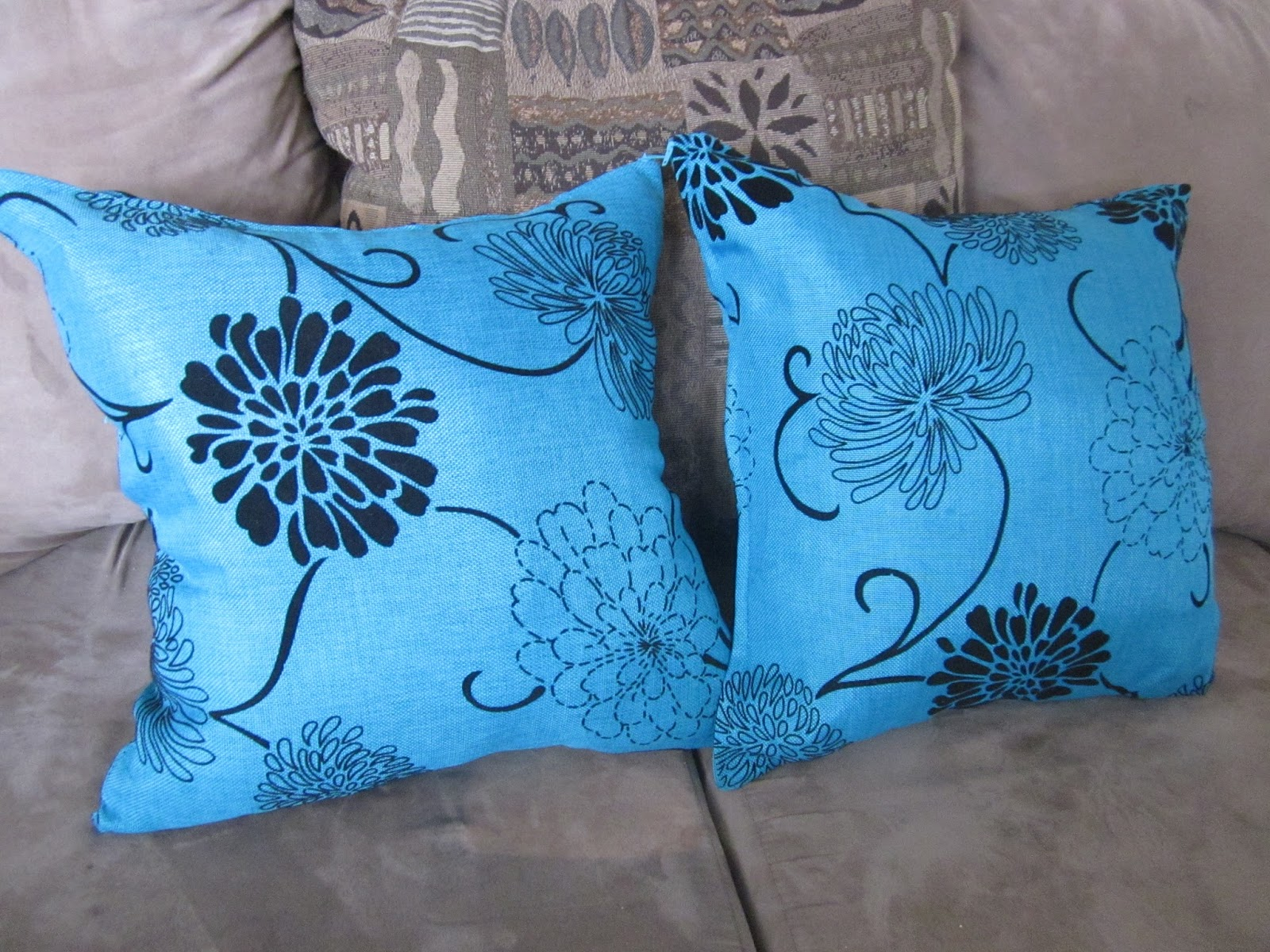 Old Plastic Bags to Pillow Inserts