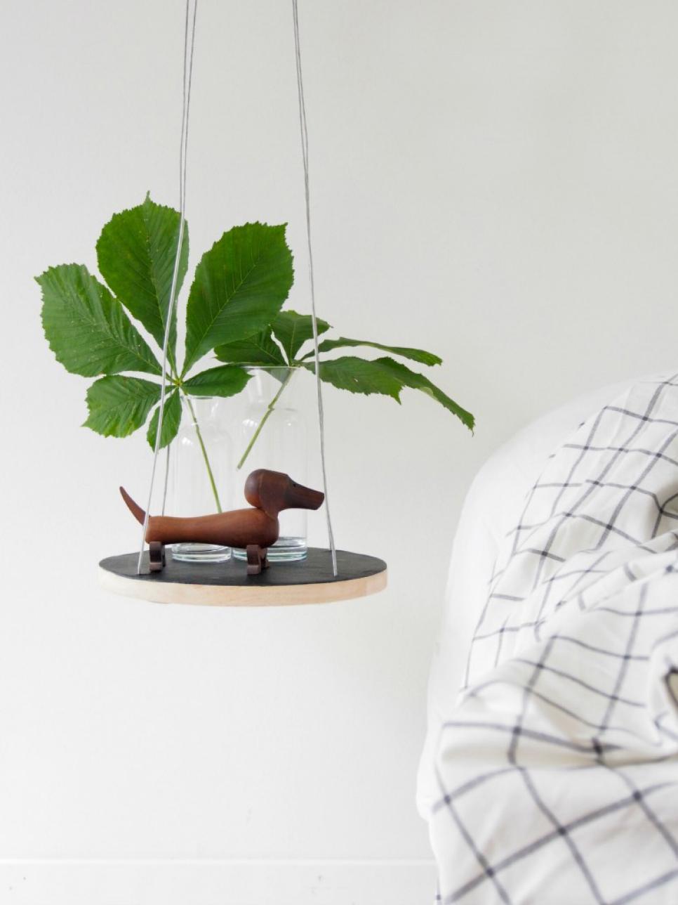 Smart Bedside Table: Cozy Retreats: Smart Design Ideas For Small Bedrooms