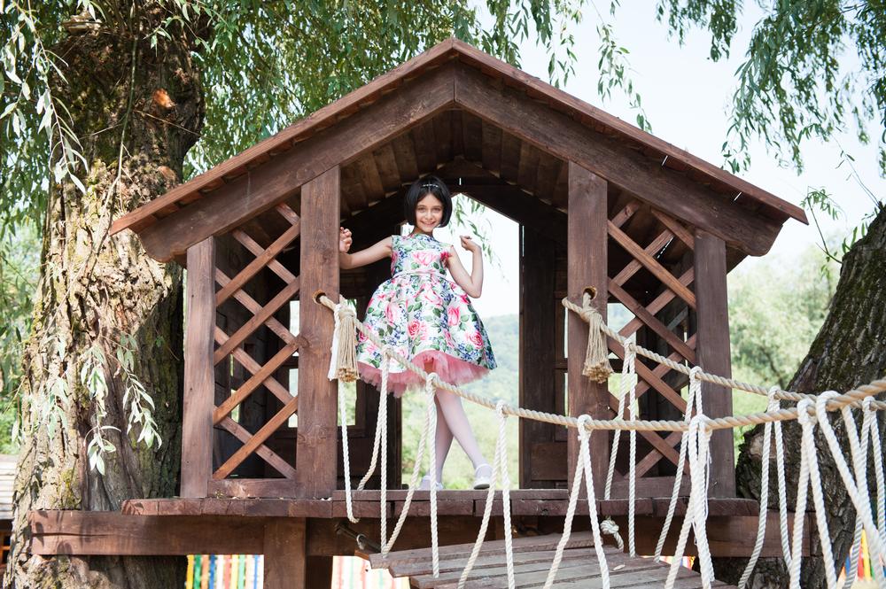 #6 Double-Tree Tree House