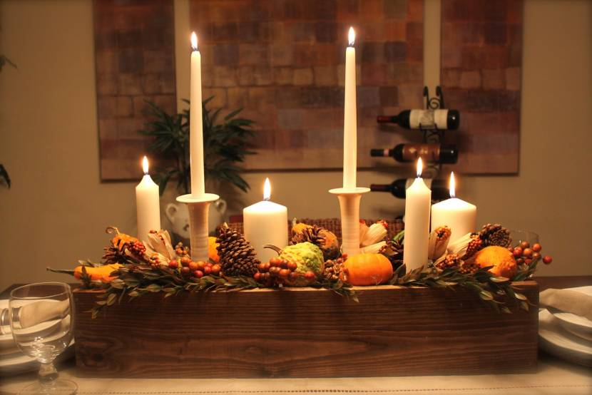 #8 Easy Candle Centerpiece