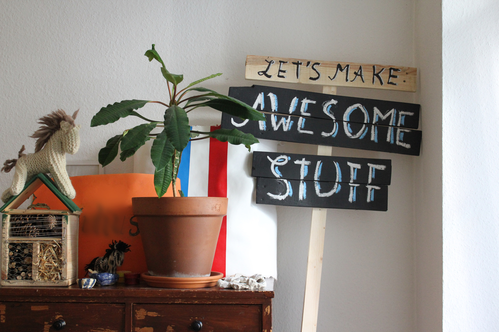 #5 Wood Pallet Signs