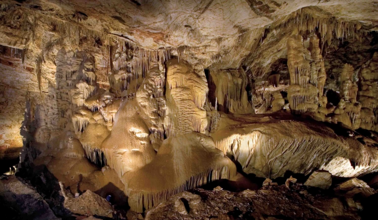 The best caves in Arizona, USA