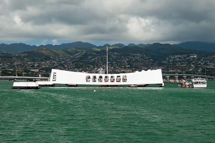 USS Arizona Memorial at Pearl Harbour