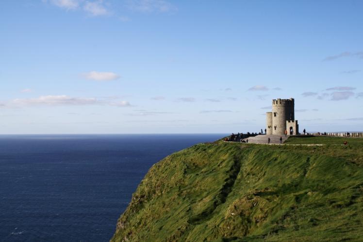 3 Unique Places to Visit on Your Tour of Ireland