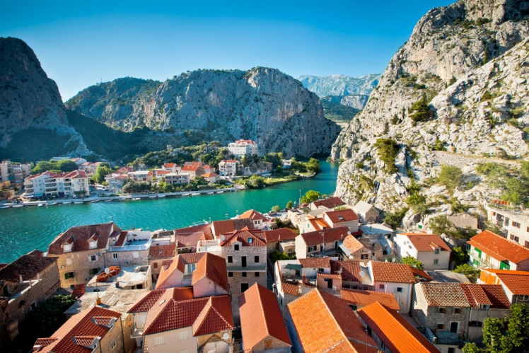 Kayak and Hike Through the Dalmatian Coast in Croatia