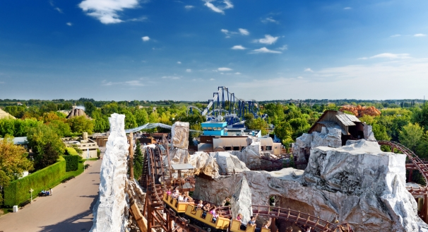 The Thrill-Seekers Guide to Fun Packed Rides – 10 Best Amusement Parks Around the World