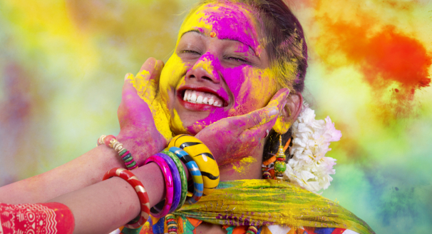 Calling All Culture-Vultures – 12 Festivals Of The World You Should Experience At Least Once