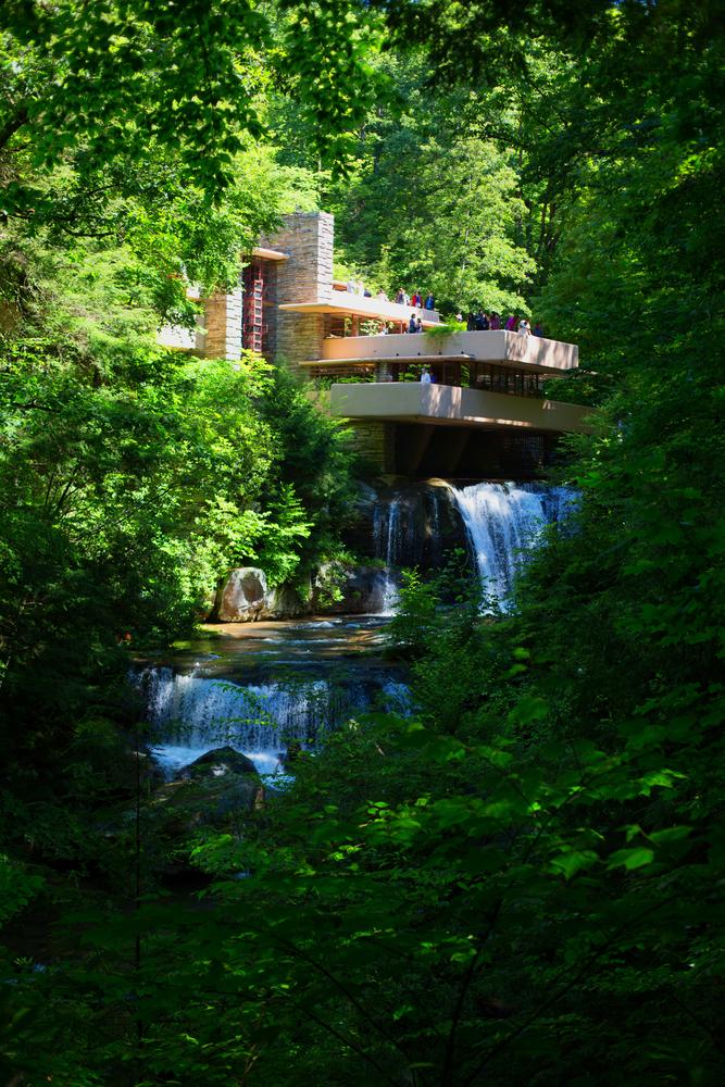 25. Fallingwater House, Pennsylvania, US